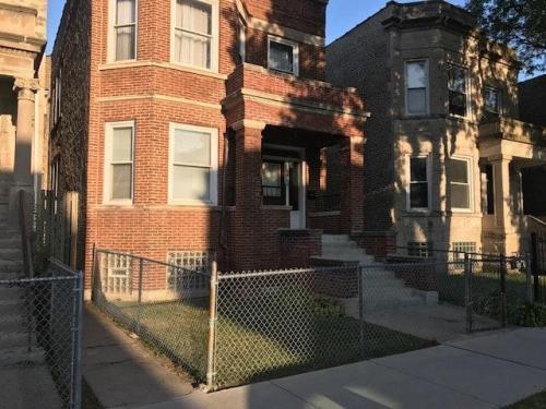 5420 S May Street #1 Photo 1