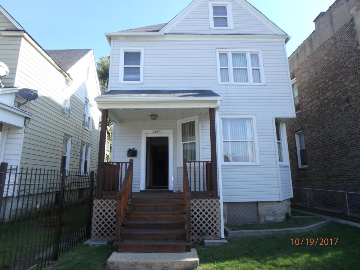 7051 S Normal Boulevard Apt 2 Chicago Il 60621 Hotpads