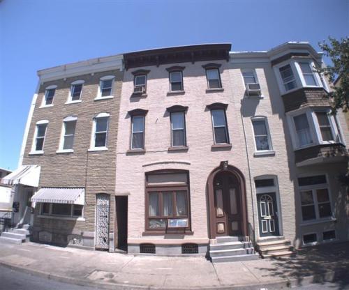 139 S 8th Street #3 Photo 1