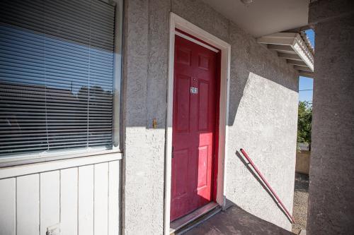 3107 E Cicero Street Photo 1