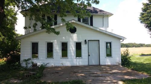 511 E County Road 950 N #HOUSE  LOFT Photo 1