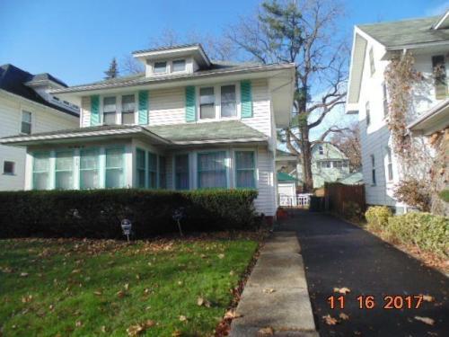 135 Burlington Avenue Photo 1