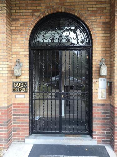 5927 Walnut Street Photo 1