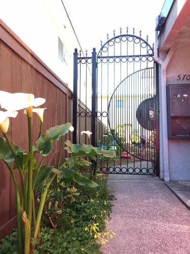 5709 San Diego Street #5711 Photo 1