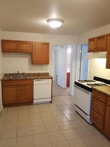 927 Cascade Street #1 FL Photo 1