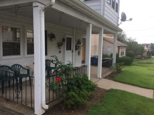 239 Farmington Avenue #1 Photo 1