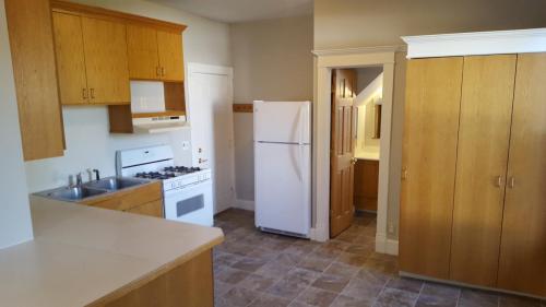 4129 Colfax Avenue N #2 Photo 1