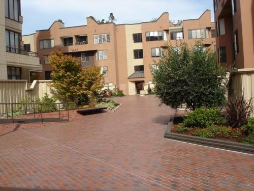 150 Lombard Street #209 Photo 1