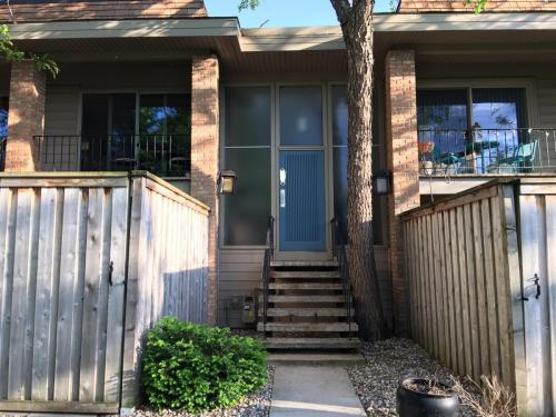 6300 Barrie Road #2A Photo 1