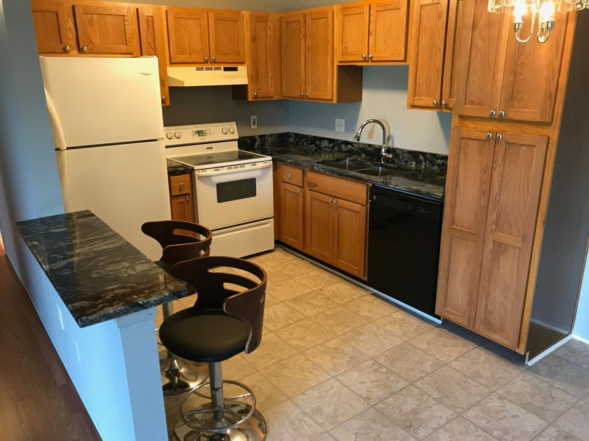 43382 Fountain Drive Apt 74, Sterling Heights, MI 48313 | HotPads