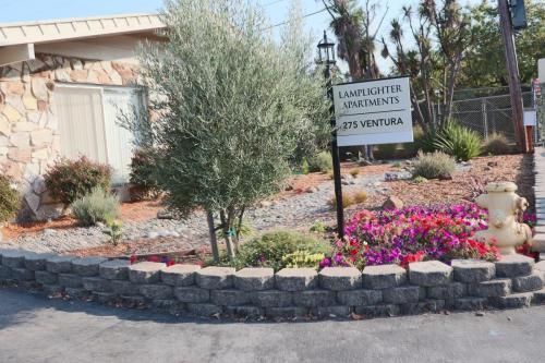275 Ventura Avenue Photo 1