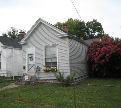 1709 W Gaulbert Avenue #2 Photo 1