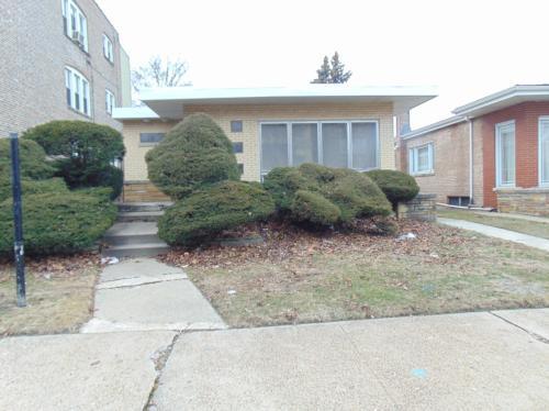 8912 S Harper Avenue Photo 1
