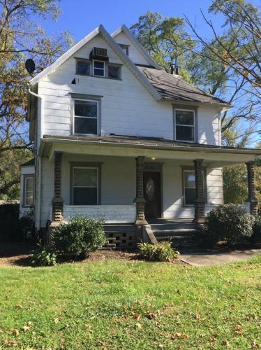 7654 Middlebranch Avenue NE Photo 1
