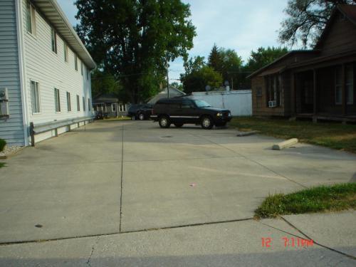 209 S Dill Street #3BR Photo 1