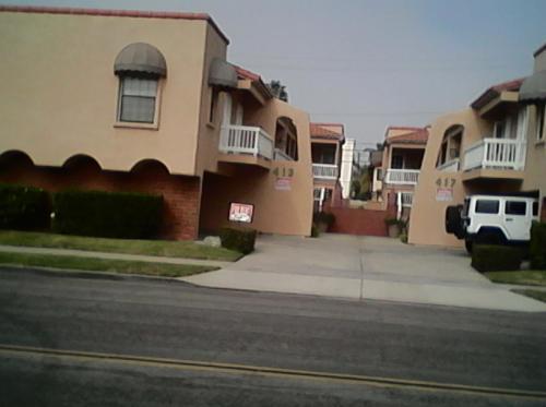 413 13th Street #F Photo 1