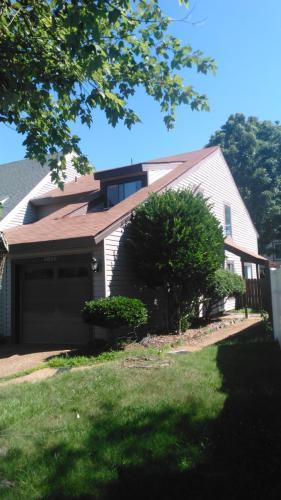 4020 Lake Ridge Circle Photo 1