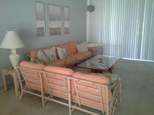 1718 Grand Bahama Drive W Photo 1