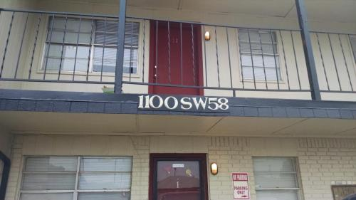 1100 SW 58th Street Photo 1