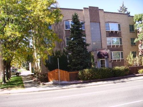 1101 Colorado Boulevard Photo 1