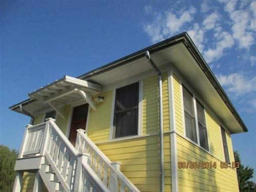 428 E Driscoll Street Photo 1