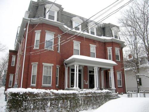 84 Ellery Street Photo 1