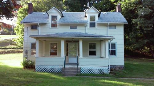 243 Monmouth Avenue Photo 1