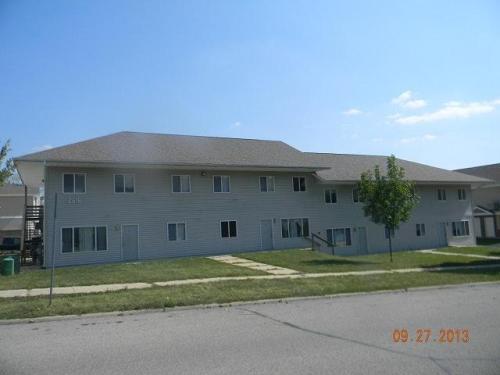 2616 Olive Street Photo 1