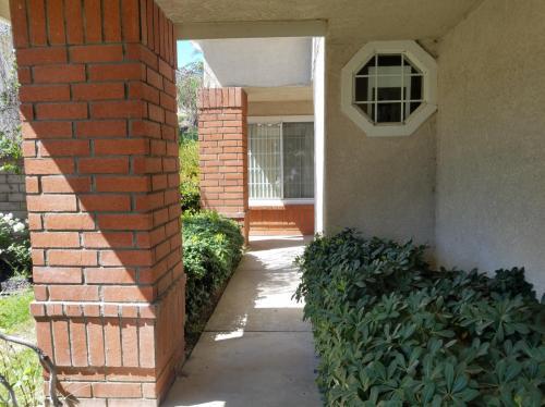668 Warrendale Street Photo 1