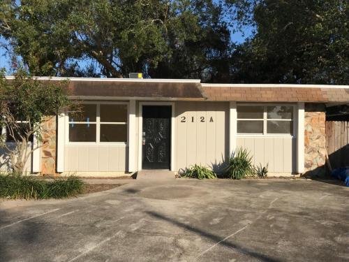 212 Debby Court #A Photo 1