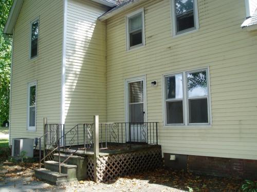 713 W Springfield Avenue Photo 1