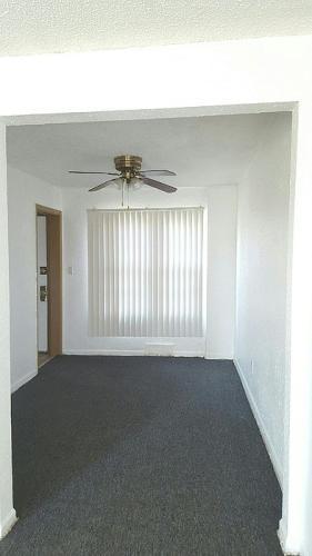 9511 Greenview Avenue Photo 1