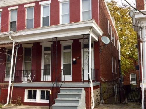 2113 N Longwood Street Photo 1