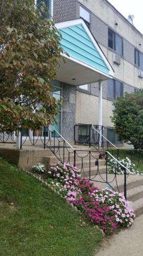 6800 Bingham Street Photo 1