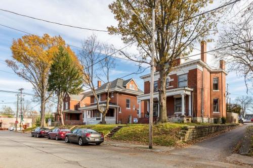 1660 Beechwood Avenue #3 Photo 1