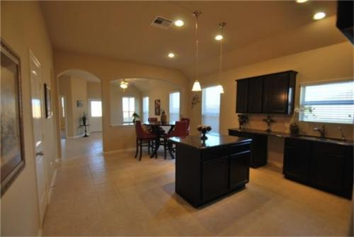 330 Kendall Crest Drive Photo 1