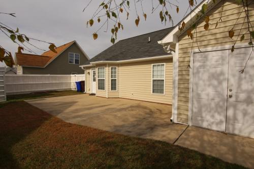 2205 Penncross Drive Photo 1