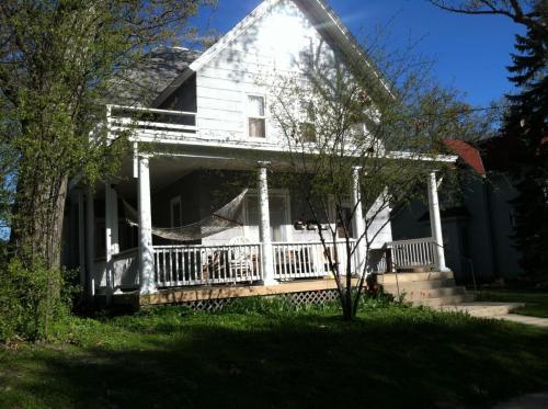 1344 E Dayton Street Photo 1