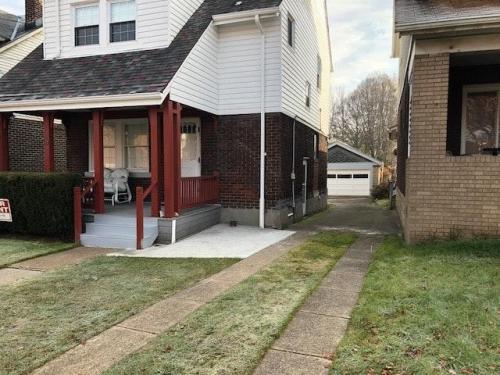 3360 Parkview Avenue #HOUSE Photo 1
