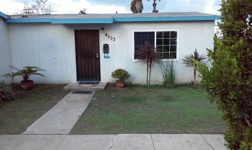 4533 Clairemont Mesa Boulevard Photo 1