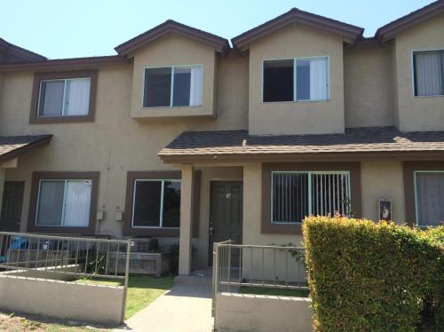 6431 Los Robles Avenue #5 Photo 1
