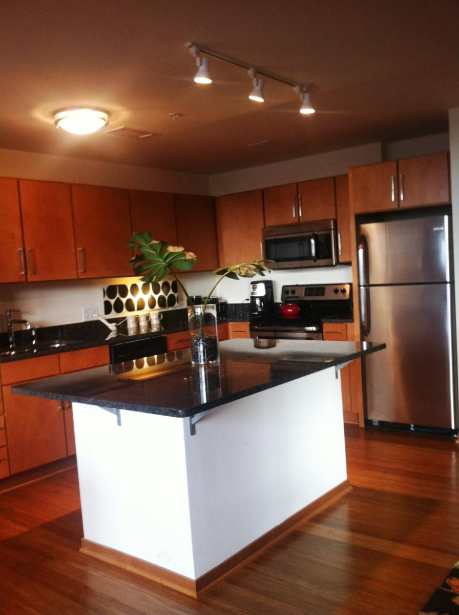 Apartment Unit 6 At 212 S Barclay Street, Milwaukee, WI 53204 | HotPads