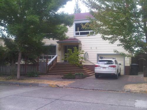 1332 Lawrence Street Photo 1