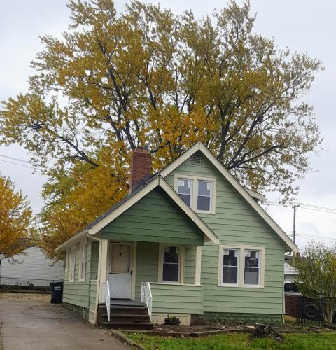 1575 Longwood Drive Photo 1