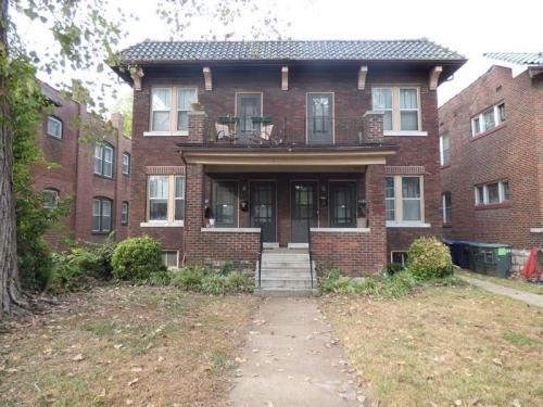 4937 Magnolia Avenue Photo 1