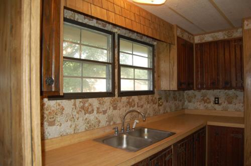 401 Odell Road Photo 1
