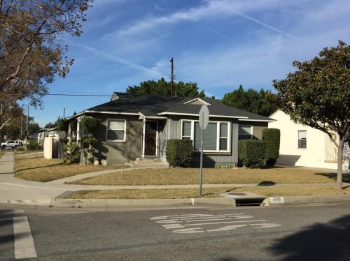 5303 Adenmoor Avenue Photo 1