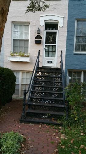 126 N Carolina Avenue SE Photo 1