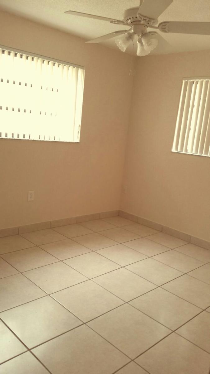 1450 W 43rd Place Apt 2, Hialeah, FL 33012 | HotPads