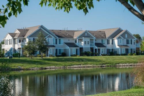 2019 Farmington Lakes Drive #6 Photo 1